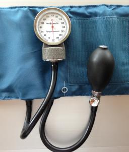 sphygmomanometer-915652_1280 High Blood Pressure sm
